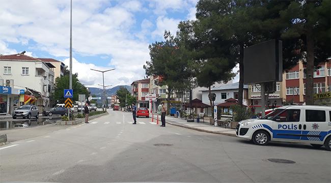 Durağan'da Sokağa Çıkma Yasağında Şehir Merkezinden Görüntüler..